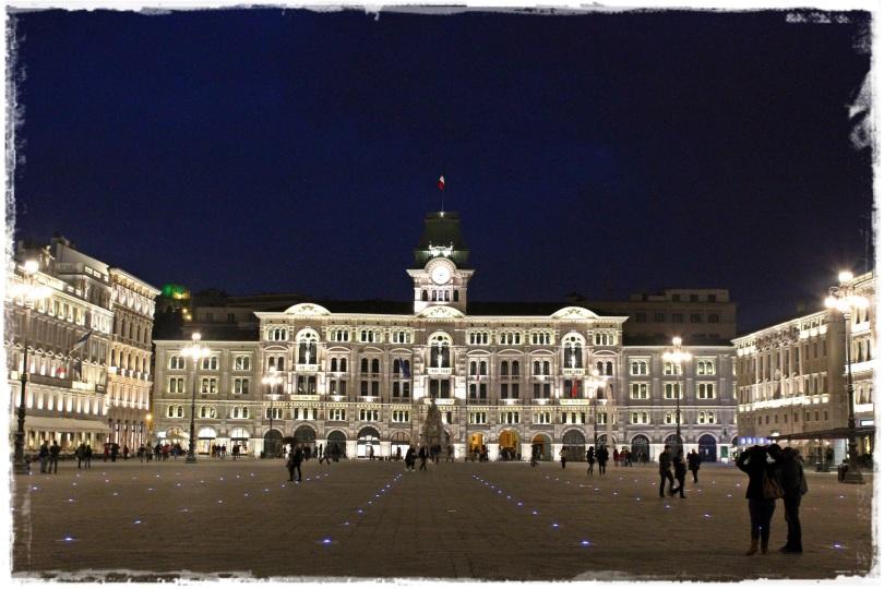 La impresionante Piazza dell'Unità d'Italia