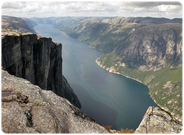 vista desde el Púlpito_Lysefjord debajo