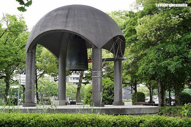 407-HIROSHIMA-La campana de la paz (21-05-2009)