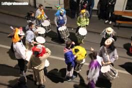 Se cuelgan los tambores y se ponen las cabezas